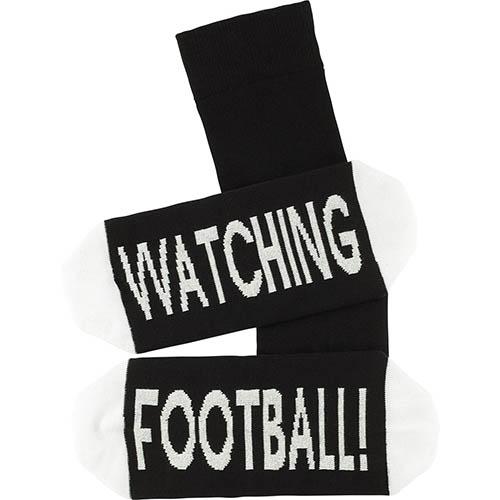 kaltses_me_thema_watching_football-2